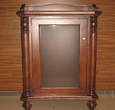 Навесной шкаф из дерева фото